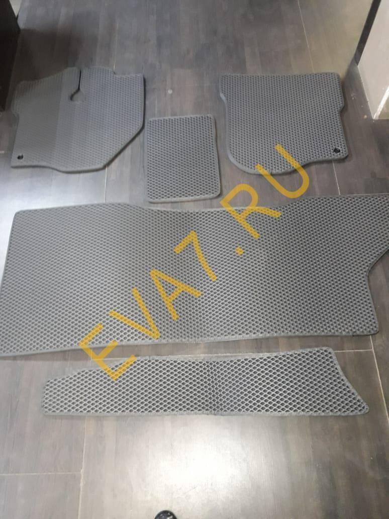 Коврики в салон Toyota HiAce H100 1989-2004