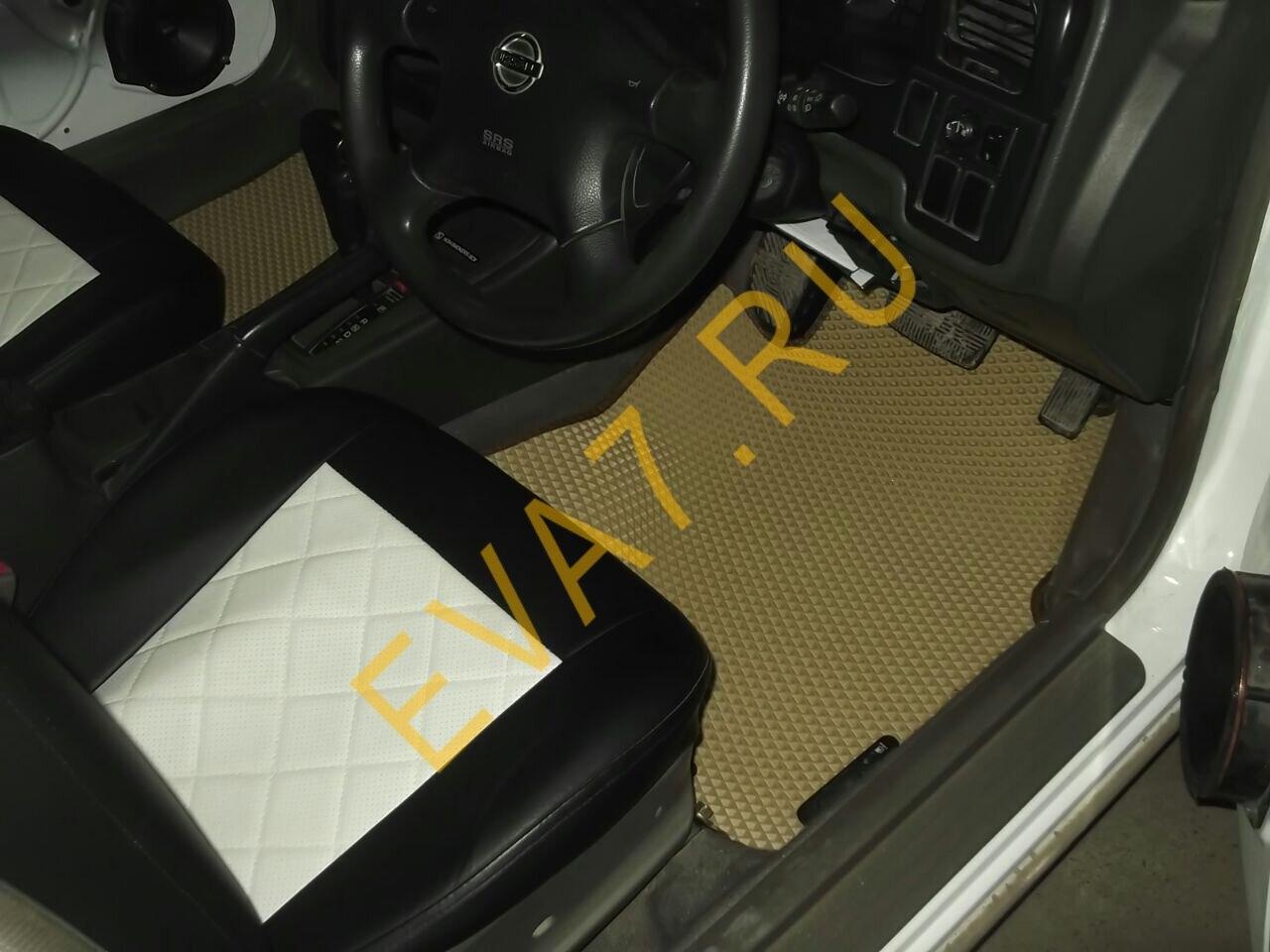 Коврики в салон Nissan Expert правый руль рестайлинг 2002-2006