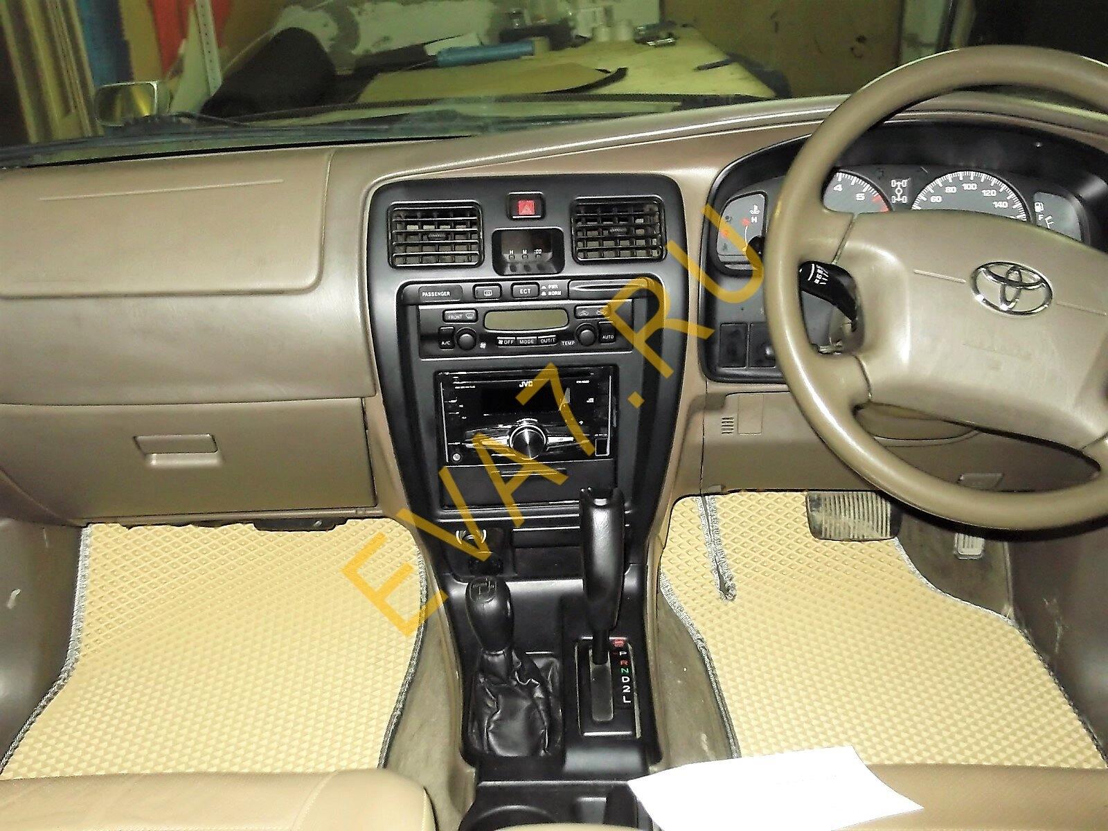 Коврики в салон Toyota Hilux Surf III правый руль 1997-2002